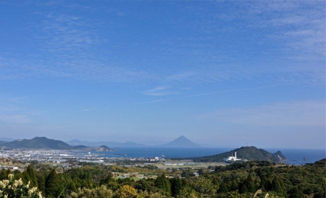 「耳取峠」からの雄大な景観:写真1