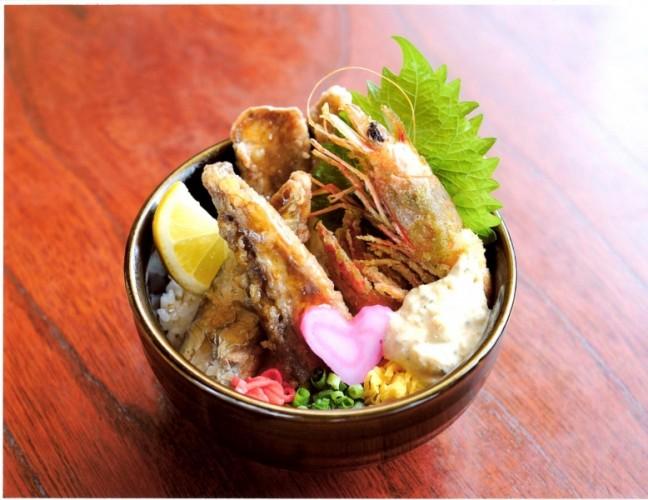 昆鰹(コンカツ)「枕崎鰹大トロ丼~寿」:写真1
